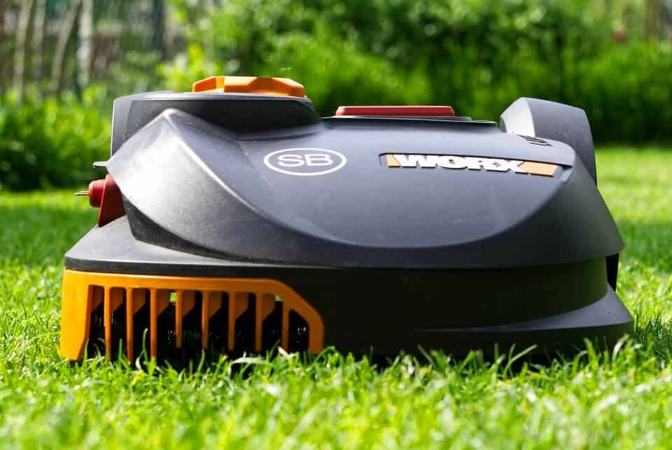 robot lawn mowers safe